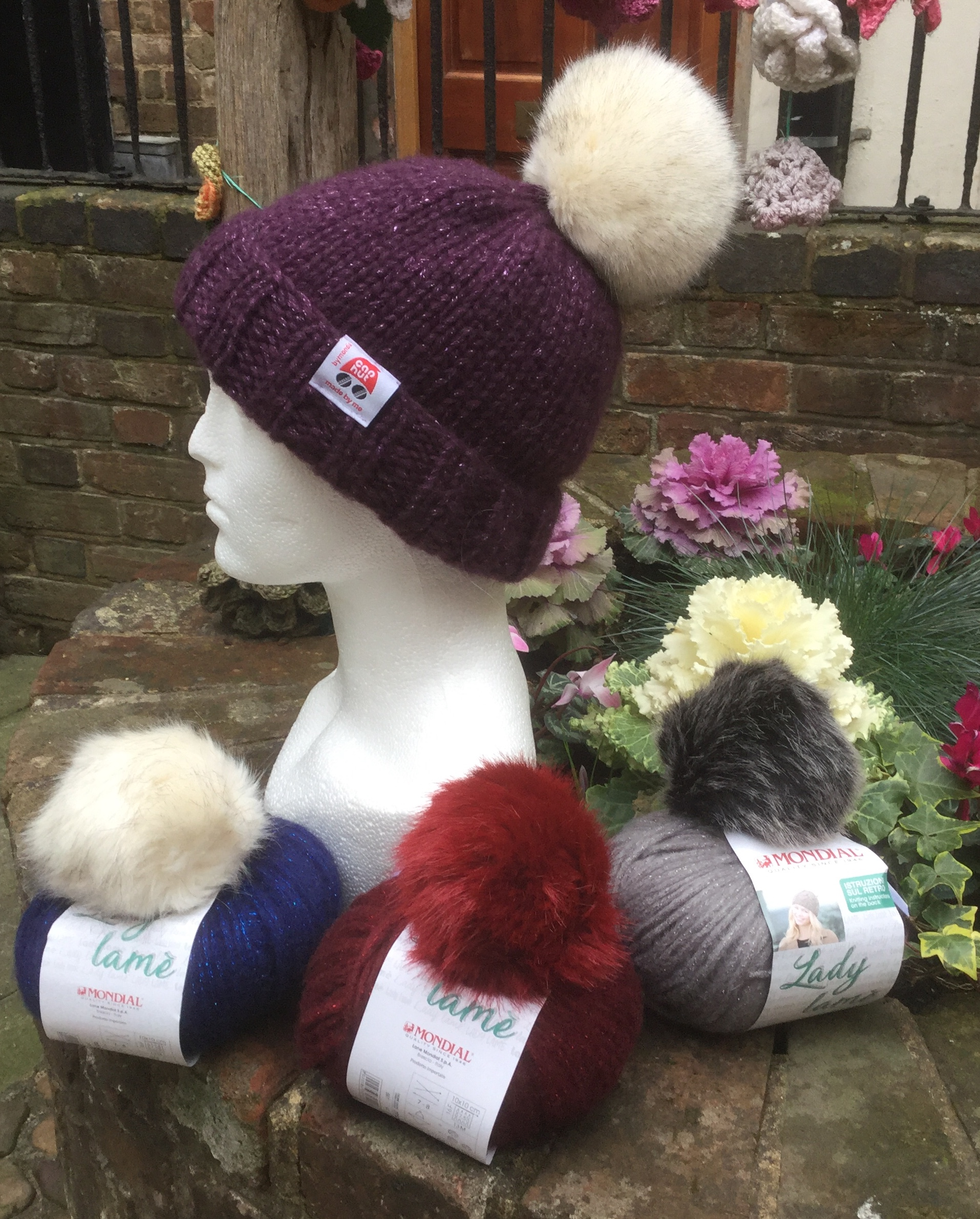 2348b5e0d Ladies Hats, Gloves & Mitts Inspiration Gallery - Spotted Sheep